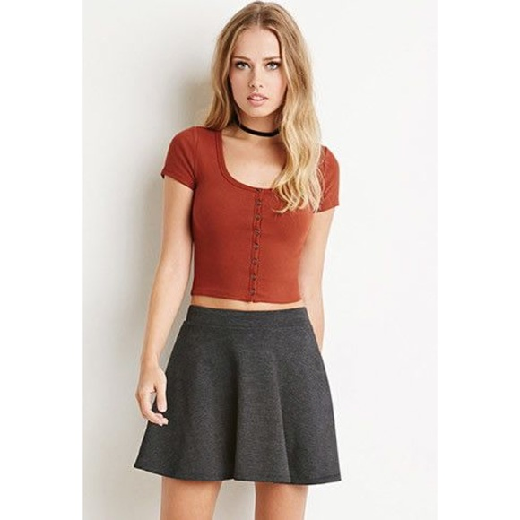 0338d2485140e Forever 21 Tops - F21 Button Front Crop Top